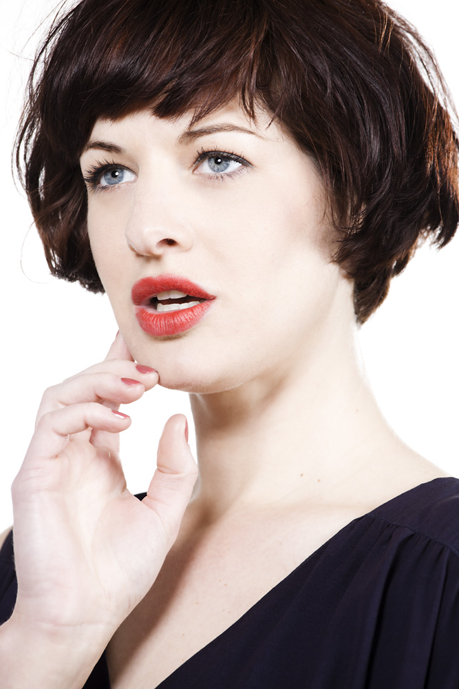 Margaret-Yescombe-Photographer-London-Model-red-lipstick-pale-skin-dark-hair-345