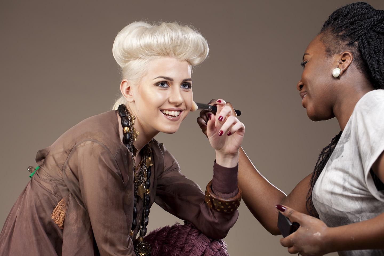 Behind the scenes: studio fashion photo shoot