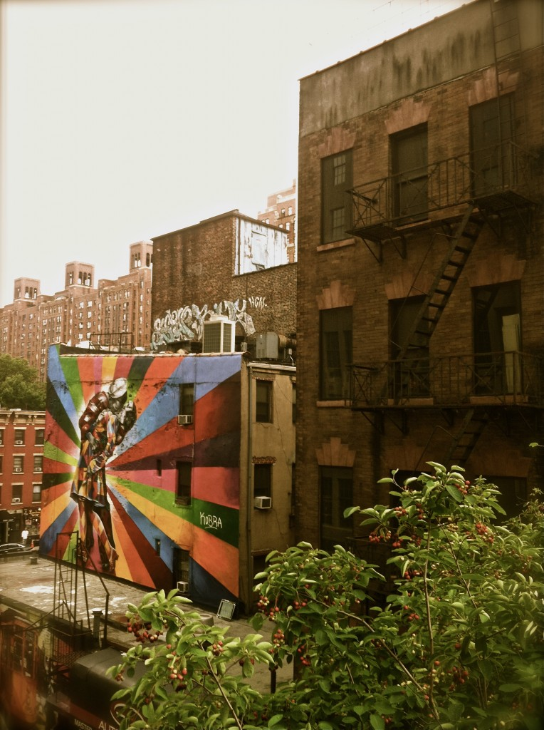 Photo: New York Streets Graffiti, Couple Kissing. Image by photographer Margaret Yescombe London