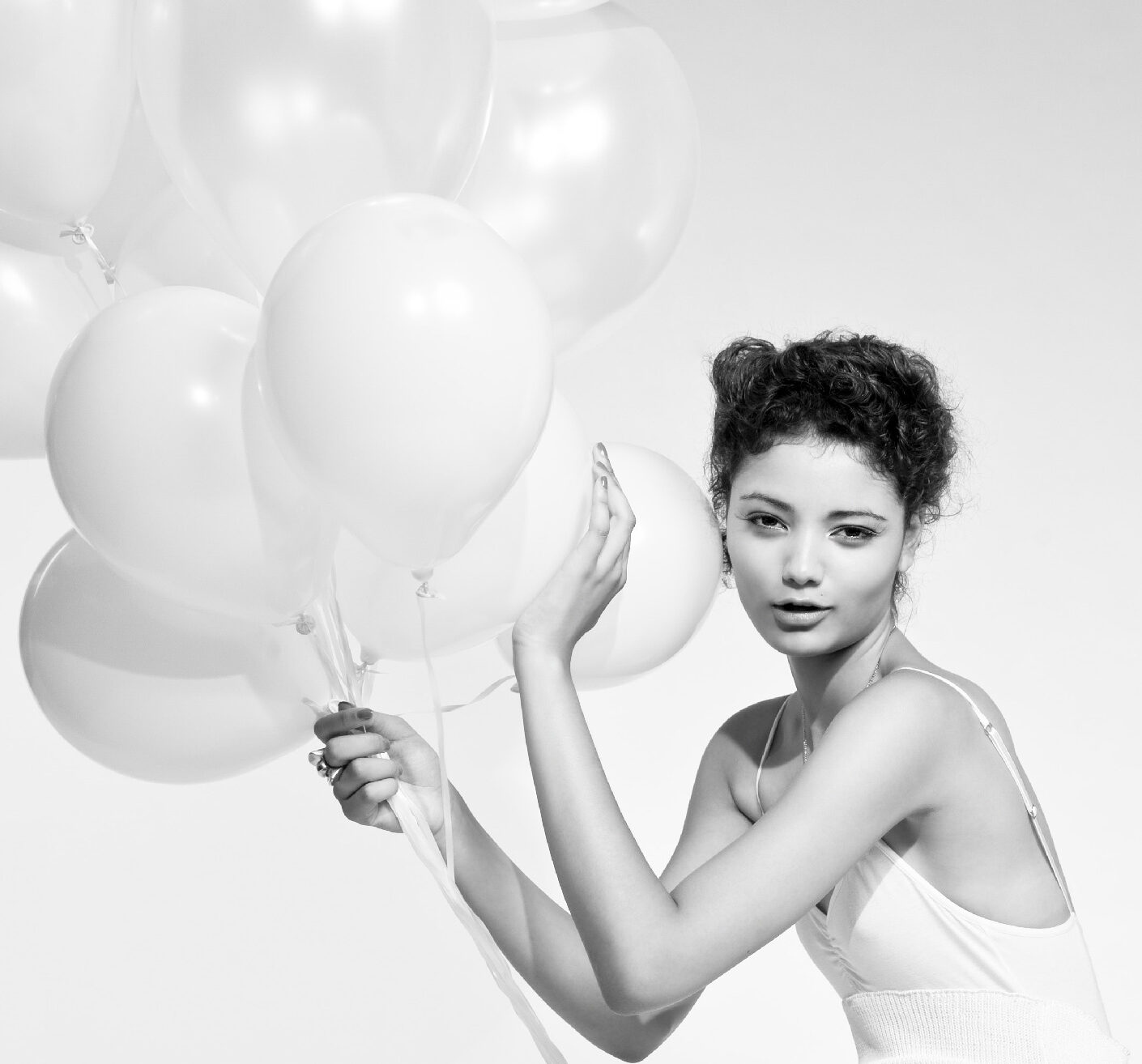 Photo: Cosmetics Perfume Beauty Campaign Photographer Photo-Studio London Margaret Yescombe campaign photography, All White fashion beauty story with balloons, agency model Sana Models1