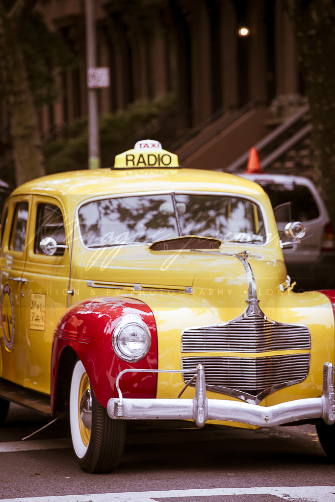 Photo: NYC taxi, retro New York, radio, yellow, cab, brooklyen, brownstones, vintage, 50s, 1950s, movie set photographer, Irish Actress, Make-up Artist, Behind the scenes, film industry, photographers