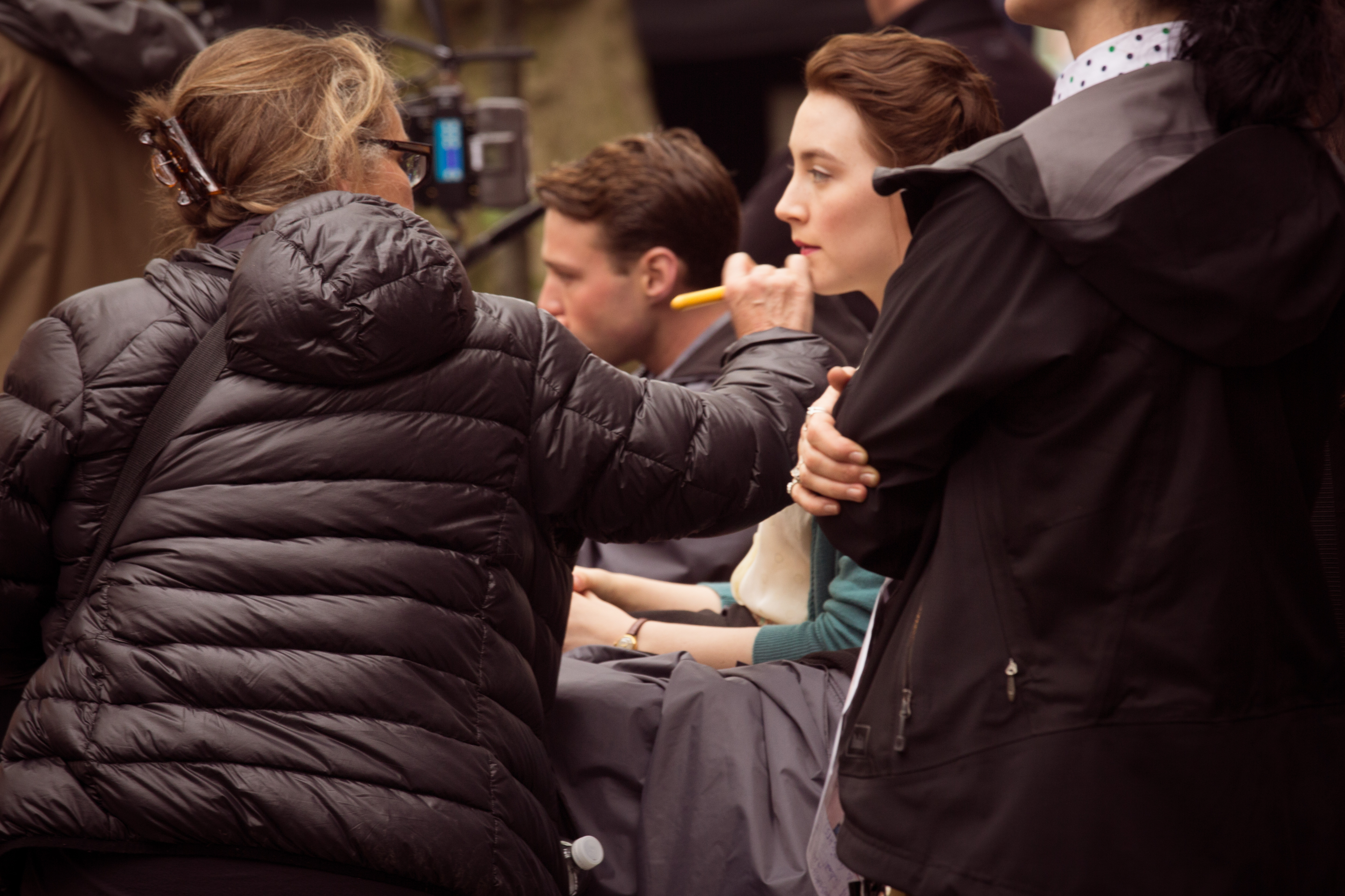 Photo: movie set photographer, Irish Actress, Make-up Artist, Behind the scenes, film industry, photographers, Irish actress, film actress, movie, Saoirse Ronan